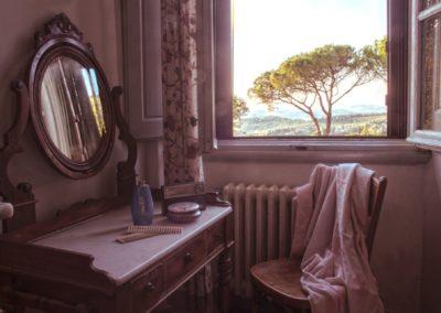 Villa Santo Stefano_finestra_particolare