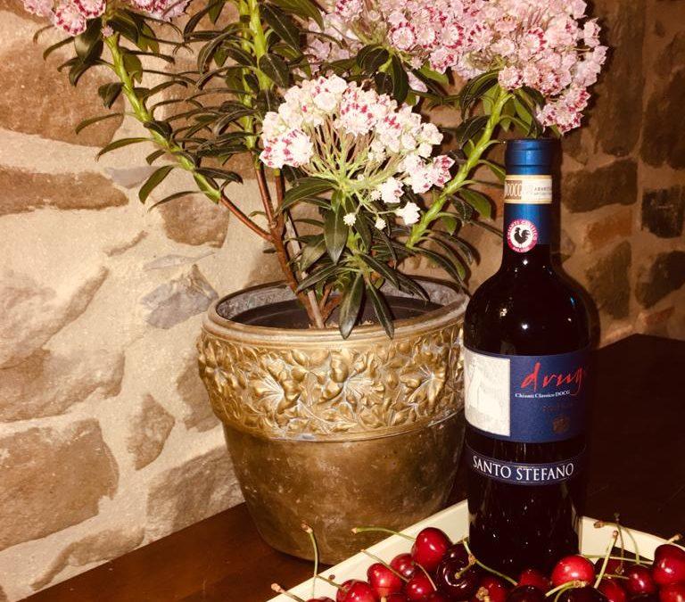 Il miglior accostamento vino ciliegie, il frutto di maggio